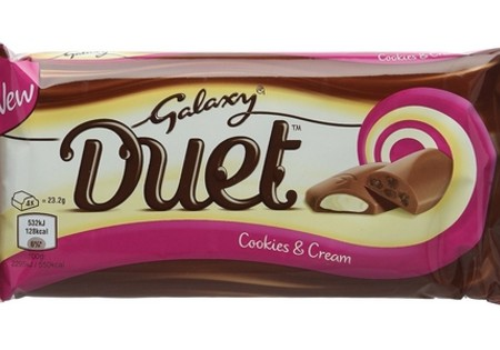 Galaxy Duet Cookies and Cream 35g
